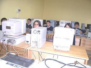 Monitores Sala de Computación.