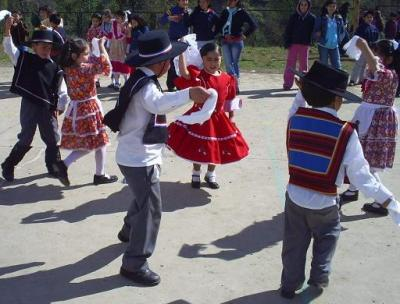 Celebrando Día de la Chilenidad.